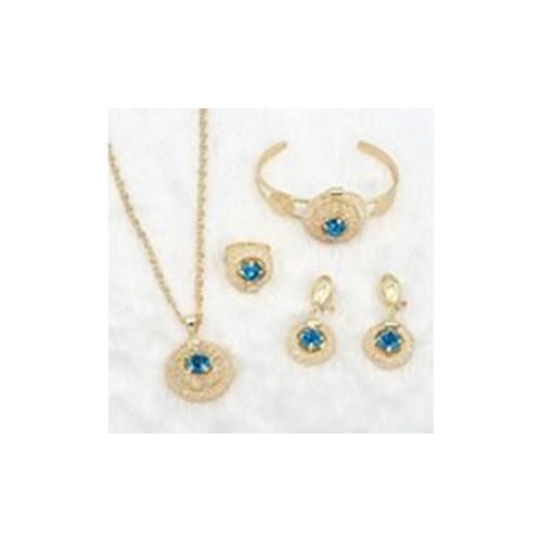 Perhiasan dan Imitasi