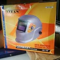 Helm Las Titan