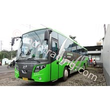 Big Bus Pariwisata Hasyim Ashari.
