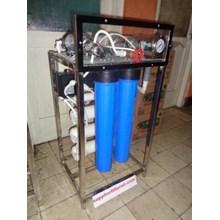 Mesin Reverse Osmosis RO 1200 Gpd Kapasitas 4000 liter per hari