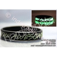 Gelang Karet Glow In The Dark - Efek Fosfor