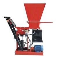 Hydraulic Press Machine Interlocking Brick Red Without Fuel