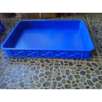 PLASTIC CONTAINER TIGHTLY