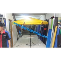 Payung Besi Meja