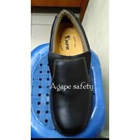Sepatu KPR K-807