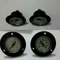 Sell PRESSURE GAUGE WIKA