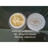 Cream Tabita Daily Exclusive