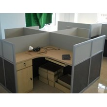 Cubicle Table