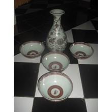mangkok dan guci keramik dinasti antik