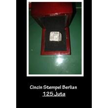 Cincin Antik Stempel Berlian
