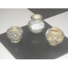 antique ceramic goods dynasty