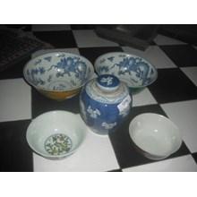 mangkok dan guci keramik dinasti