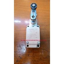 Limit Switch ILS3- J Yamatake Switch  Peralatan &