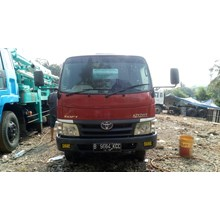 Truck Mixer Toyota Dyna 2013 Kapasitas 3 Meter Kubik