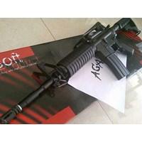 Senapan Laras Panjang M4 King Arms Electric Battery