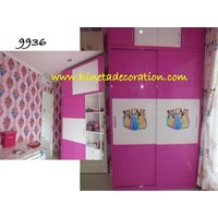 Sell Child Princess Wardrobe