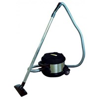 Sell is vacuum drawn cleaner 10 L