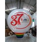 Balon Udara Bulat Di Angkasa
