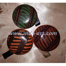 Kerajinan Mainan Tradisional Anak Yoyo Kayu Batik Ukuran Kecil