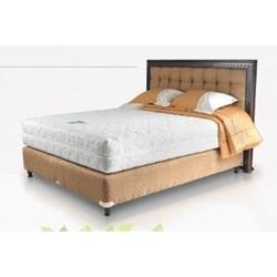Tempat Tidur Romantic