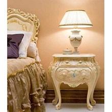 Victorian Style Furniture Bed Frame And Nightstand