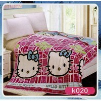 selimut blanket hello kitty pink