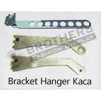 Bracket Hanger Kaca