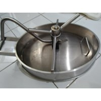 Elliptical stainless steel manhole