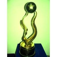 Jual Trophy Logam