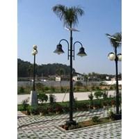 Sell Lamppost Garden