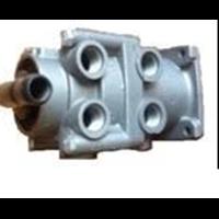 Foot brake valve  47D05