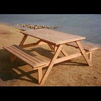 Jual New Garden Family Table