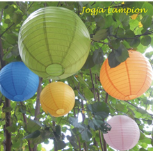 LAMPION WARNA WARNI