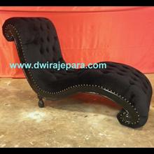 Jepara Furniture Furniture Sofa Lounge Furniture Italian Style By CV. Dwira Furniture Jepara Indonesia.