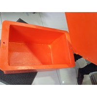 Ice Box (Cooler Box)