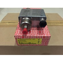 Oil Pressure Control Danfoss MP 54