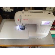 Singer sewing machine Stylist 9100