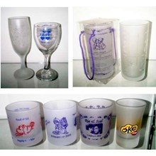 Cheap Glass Souvenirs