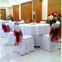 Cover The Party Table 01