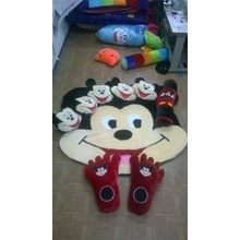 Karpet Set Karakter motif Mickey Mouse
