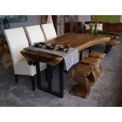 Meja Makan Suar