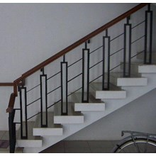 Pemasangan Railing tangga / balkon harga berkawan