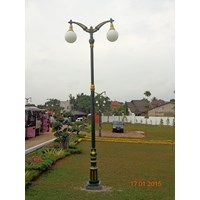 Jual Daftar HargaTiang Lampu Taman Jalan  Antik (Kampus Muhammadiyah)