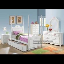 Set Tempat Tidur Kanopi Anak Love