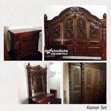Room Set Of Ornamental Door Jamb