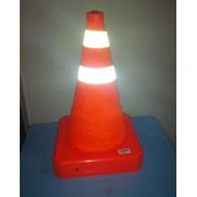 Traffic Cone Kerucut Dengan Lampu