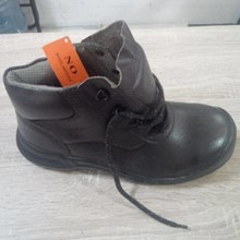 Sepatu King's KWD 901