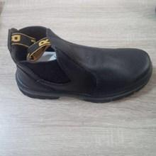 Sepatu KPR K706