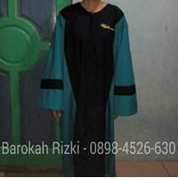 Baju Toga Binus University