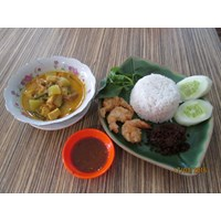 Makanan Tradisional Nasi Lodeh